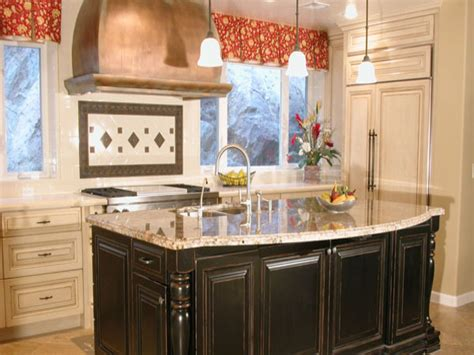 Country Kitchen With Island Kitchen Layouts With Islands Country Kitchen