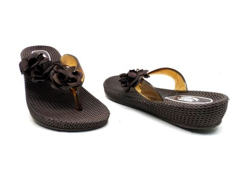 Steve Madden 8 by Steve Madden S Low Wedge Sandals Brown Size 8 Nwd