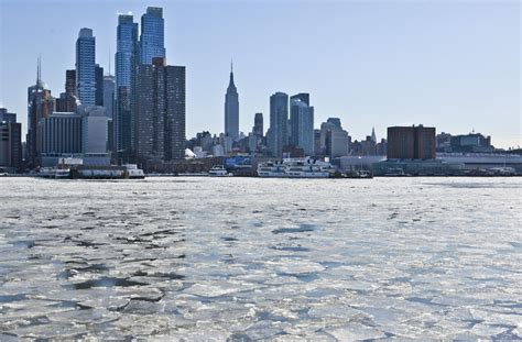 Weather New York in January: Temperature & Climate