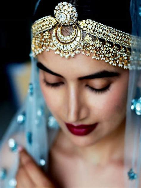 one sided best matha patti or maang tikka hairstyles for party 2017 indian jewellery designs that every woman should feel