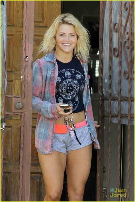 witney carson dwts cody simpson witney carson tease dwts finale dance