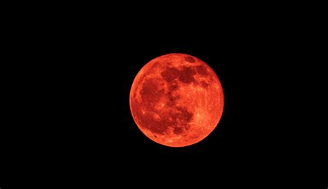 full strawberry moon summer solstice and strawberry moon coming in june 2017