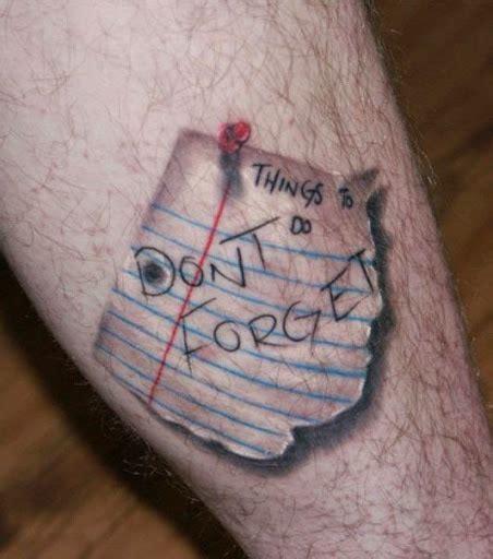 paper note tattoo 29 realistische tattoos die so echt aussehen dass du