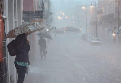imagenes de fuertes lluvias seguir 225 n las lluvias y tormentas el 233 ctricas en puebla smn