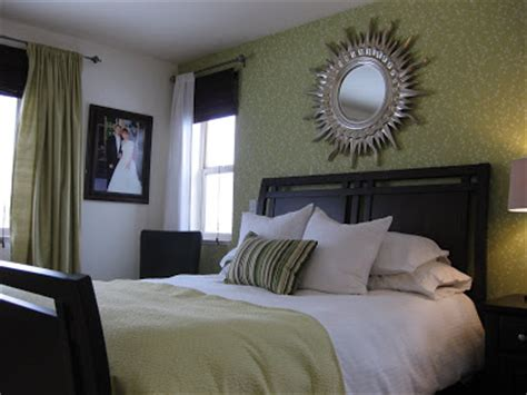 Green Accent Wall Master Bedroom Painted Daisies Calming Master Bedroom