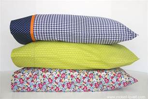 Pillow Sizes For Bed by 10 Sewing Projects For Your Home The Swedish Tracing