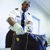 si possono portare alimenti nel bagaglio a mano articoli proibiti o soggetti a restrizioni klm