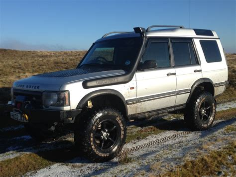 land rover discovery lifted land rover discovery td5 chipped 5 quot lifted 285x75x16