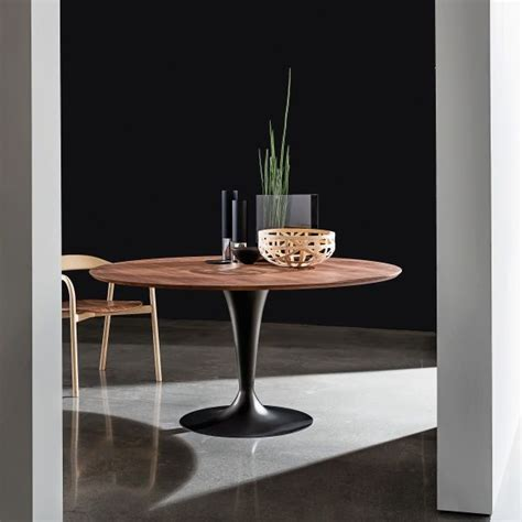 table ronde design 17 best ideas about table ronde design on cuisine ronde tables rondes blanches and