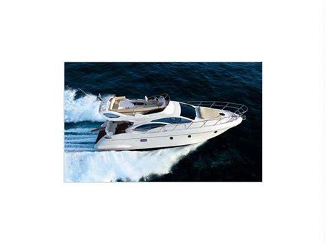 uitrusting speedboot azimut 43 in spanje tweedehands speedboten 56101 inautia