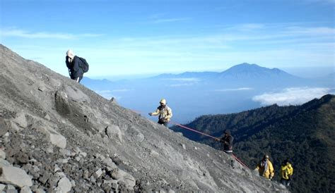 Semeru Hitam ppindo para petualang indonesia gunung semeru mahameru