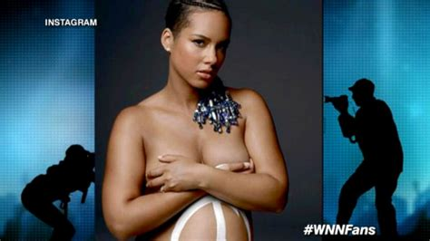 Top 20 Bar Songs Why Alicia Keys Posed While Pregnant Abc News