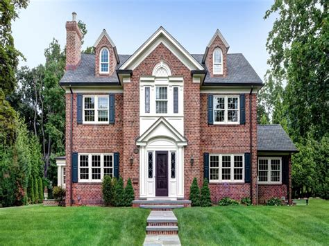 brick colonial homes red brick colonial house old brick colonial homes
