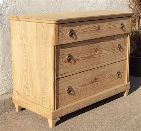 Alte antike Kommode restauriert 3 Schubladen Massivholz