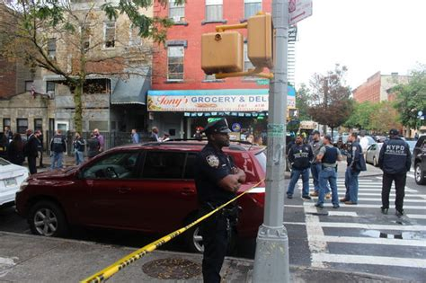 shooting bed stuy video police shoot man who refuses to surrender in bed