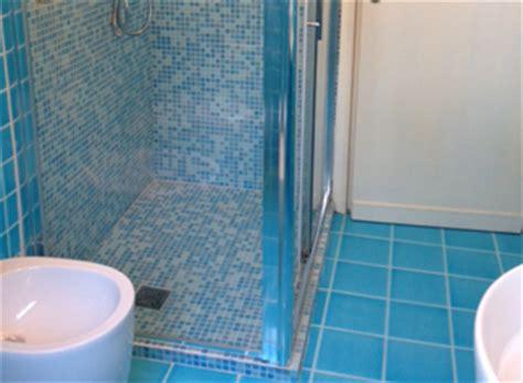 arredo bagno mosaico arredo bagno mosaico boiserie in ceramica per bagno