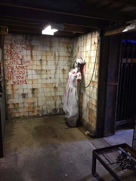 Haunted House Room Ideas by 473 Best Asylum Hospital Haunt Ideas Images On