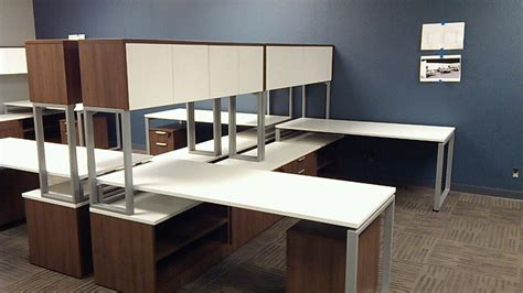 integrated services cubicle and office furniture