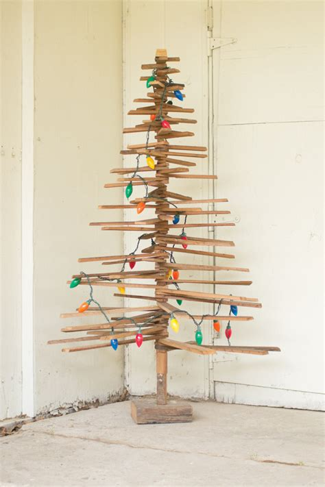 eco xmas styling 10 wooden trees with eco style