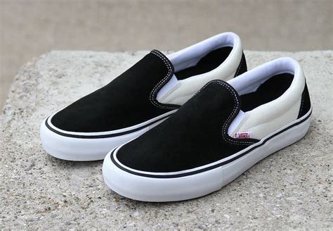 Harga Retail Vans Slip On vans slip on black white sneaker bar detroit