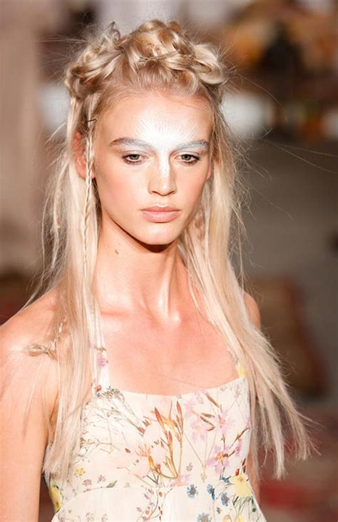 2016 spring hairstyles and makeup 10 pretty spring 2016 bridal beauty looks inspired from