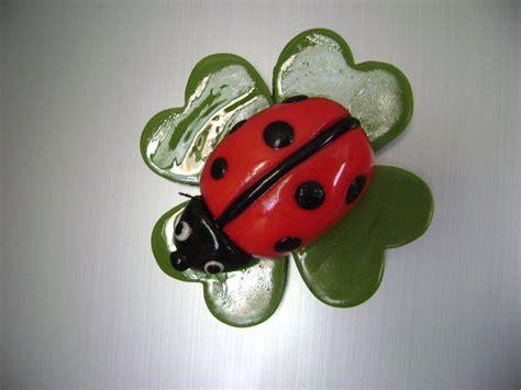 l porta fortuna coccinella portafortuna in pasta di mais con magnete