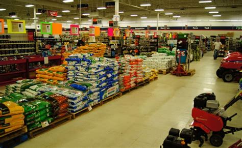 Garden Supply Store Lawn And Garden Center At Reedsburg True Value Hardware