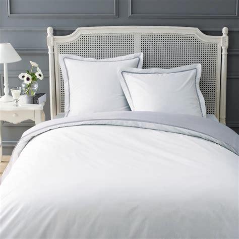 agréable Deco Maison De Campagne Chic #1: parure-housse-de-couette-blanc-gris-260x240-2-taies-d-oreiller-uni-1000-12-4-131983_1.jpg