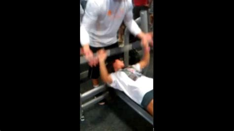 stephen paea bench press record first time bench press d v doovi