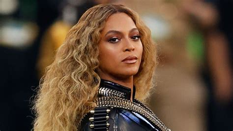 Beyonc 233 s new video reportedly features trayvon martin s parents