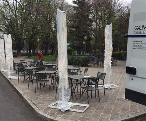 tavoli e sedie da esterno per bar fornitura di sedie e tavoli da esterno per bar a como
