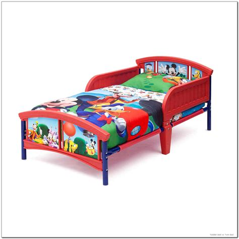 twin toddler beds toddler bed vs twin bed beinside net