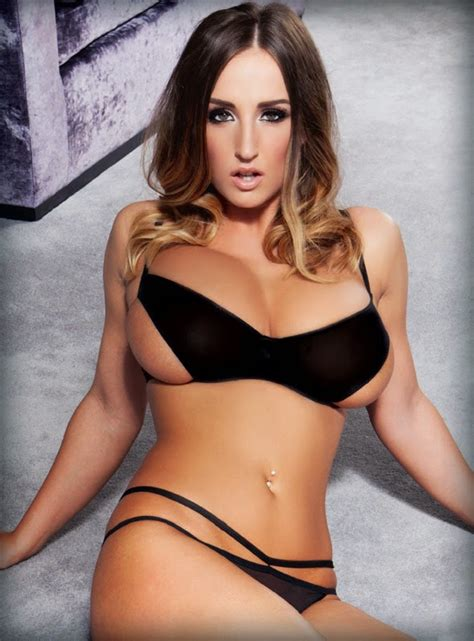stacey poole stacey poole unseen busty brunettes hot topless stills zoo