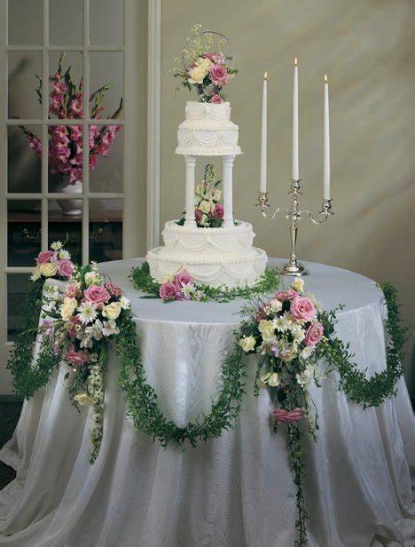 wedding cake table decorations wedding cake table decoration easy diy flower tutorials