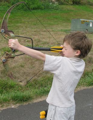 Compound Bow Giveaway - eccentric eclectic woman monkey business sports compound bow x2 toy review and giveaway