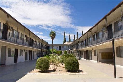 3 bedroom apartments san fernando valley glenoaks apartments 650 glenoaks boulevard san fernando
