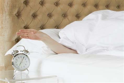 early 2 bed tips to wake up early
