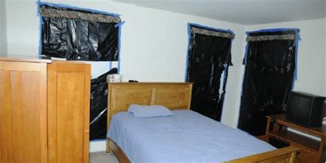 House Of Hook by Inside The Home Of Adam Lanza Hook Shooter Photos
