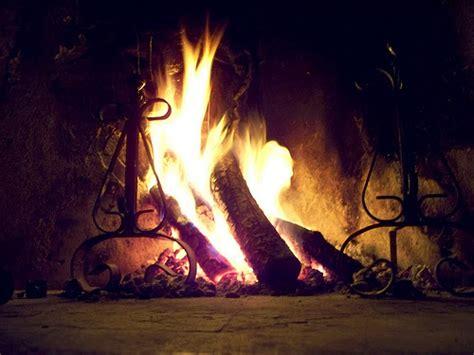 fuoco nel camino ilclanmariapia il fuoco nel camino