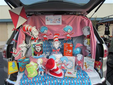 Trunk Or Treat Decorating Kits by Cat In The Hat Trunk Or Treat I Used Our Collection Of