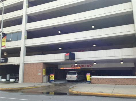 Garage Indianapolis by Plaza Park Garage Parking In Indianapolis Parkme