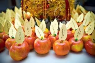 Thanksgiving Door Decoration Ideas 21 Diy Thanksgiving Decorations And Centerpieces Savoring