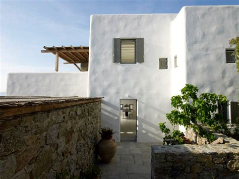 modern cycladic interior   sense  invisible