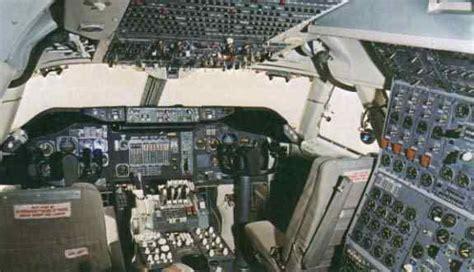 boeing 747 flight deck 747 flight deck