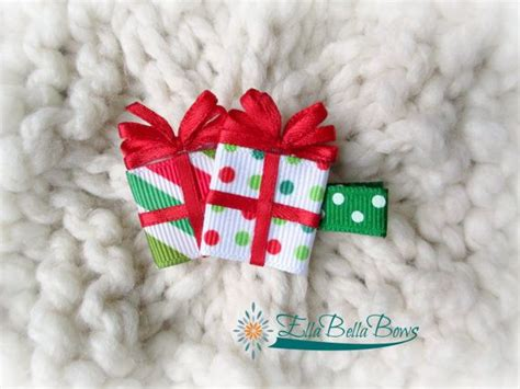 how to make christmas ribbon sculpture or present ribbon sculpture hair clip ribbon sculpture holidays and hair bow