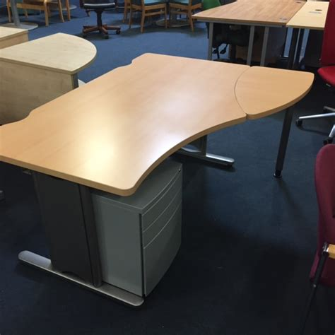 used office desks uk used office desks new used office furniture glasgow