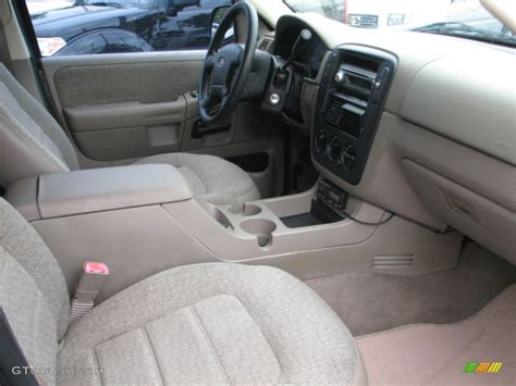 2002 Ford Explorer Interior by Medium Parchment Interior 2002 Ford Explorer Xls Photo