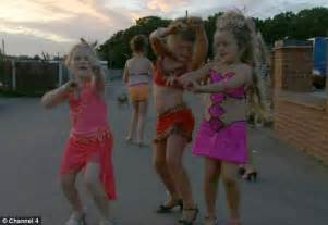 Big fat gypsy weddings under fire for showing eight year olds pole
