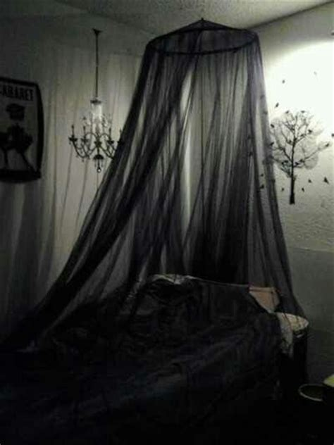 gothic canopy bed goth room i would either want the walls deep blood red or