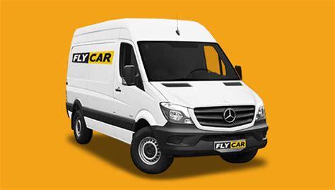 Location utilitaire camion 12m³ Paris Fly Car